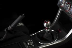 AutoStyled 6 Speed Shift Knob Red w/ Stainless Steel Center - Subaru STI 2004+ / Subaru WRX 2015+ / Subaru BRZ 2013+ / Scion FR-S 2013+ / Toyota 86 2017+