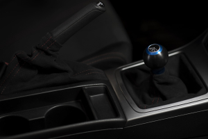 AutoStyled Subaru 5 Speed Shift Knob Blue w/ Black Delrin Center ( Part Number:ASA 1502010202)