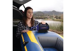 Goodyear 6 Minute Flat-to-Full Dual Flow Inflator Digital Gauge - Universal