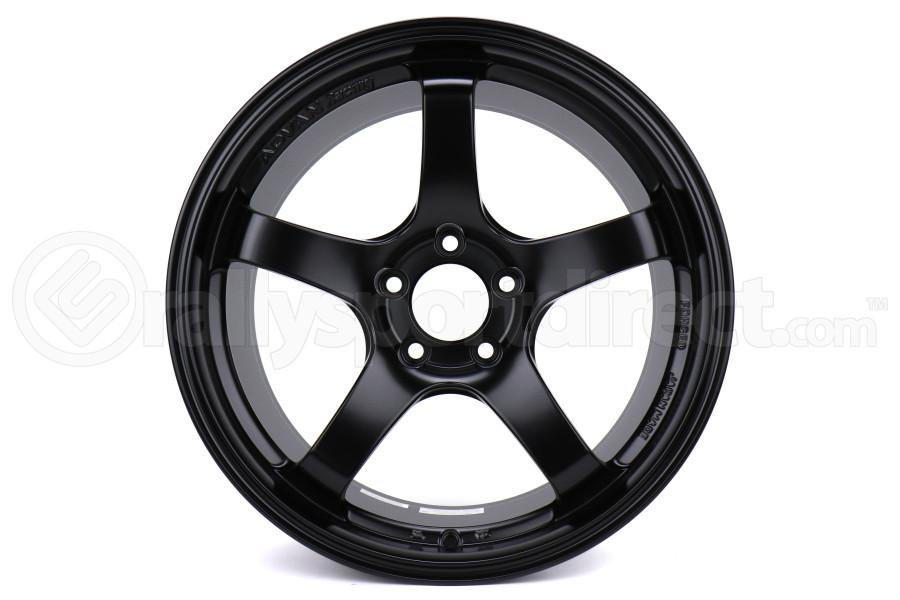 Advan Racing GT 18x10 +40 5x114.3 Gloss Black - Universal