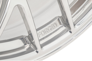 Apex EC-7R 17x9.5 +40 5x100 Polished - Universal