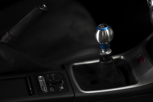 AutoStyled 6 Speed Shift Knob Blue w/ Stainless Steel Center - Subaru STI 2004+ / Subaru WRX 2015+ / Subaru BRZ 2013+ / Scion FR-S 2013+ / Toyota 86 2017+