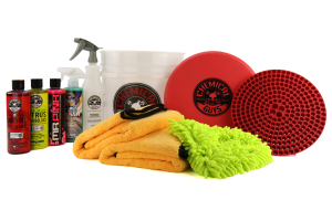 Chemical Guys Best Car Wash Bucket Kit w/Dirt Trap Red (11pc) - Universal
