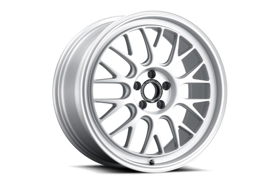 fifteen52 Holeshot RSR 19x9 +45 5x108 Radiant Silver - Universal